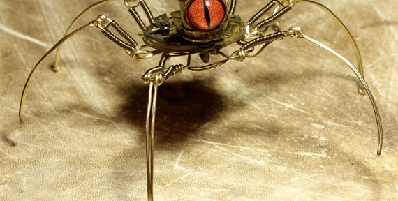 Steampunk-Speudo-Spider-Robot-Sculpture-with-Orange-eye
