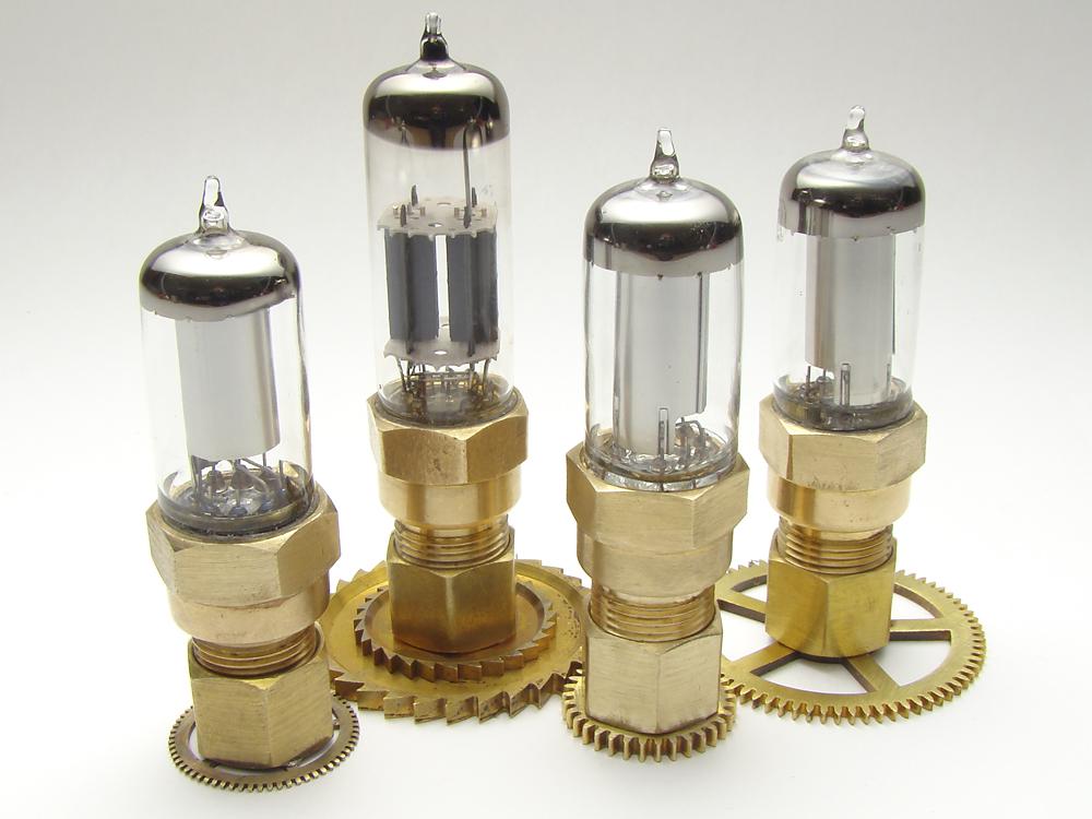 Steampunk vacuum tube usb drive