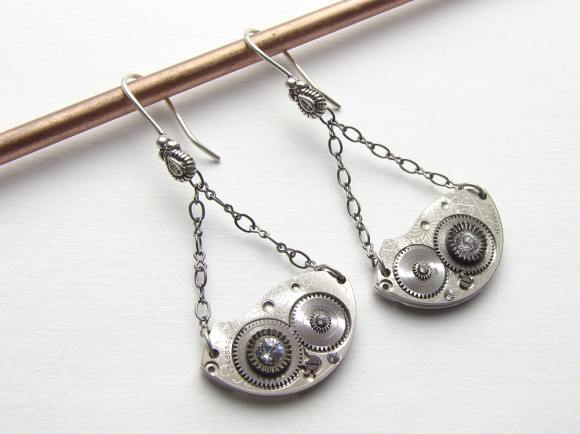 Steampunk-earrings-Maria-Sparks-2
