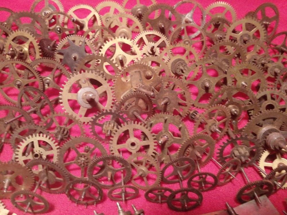 vintage clock gears (1)